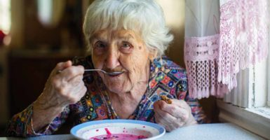 Elderly Health – How do you know if someone has malnutrition?